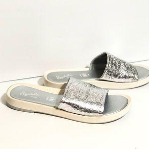 Seychelles'So-Zen' Silver Leather Slip-on Sandals
